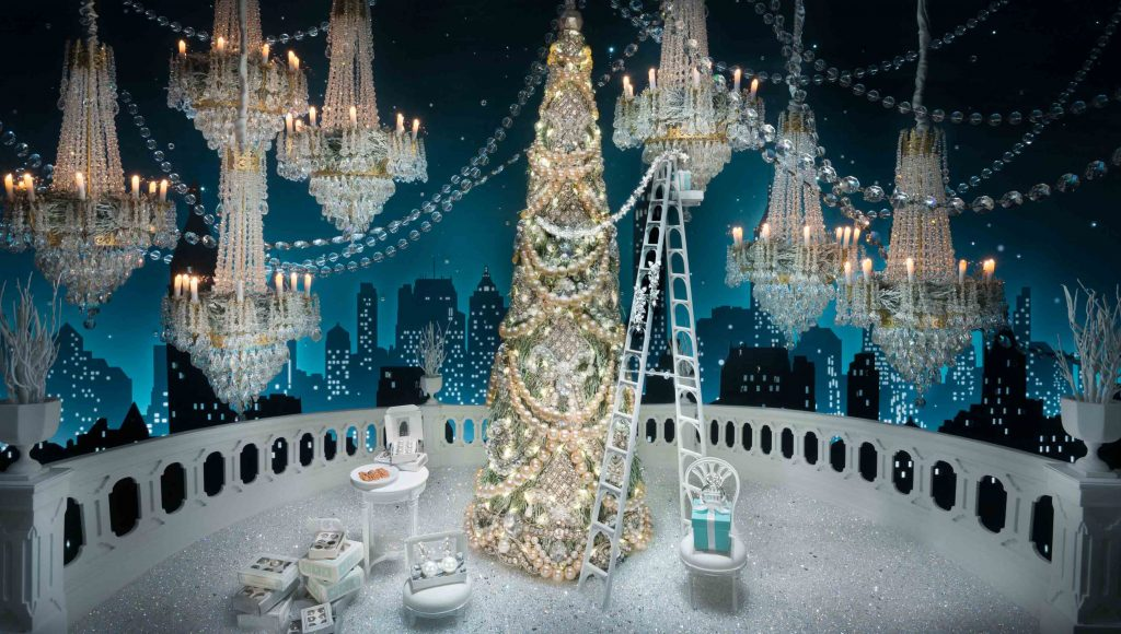 0002_rzehavi_holiday_windows_tiffany_2016-2-of-15