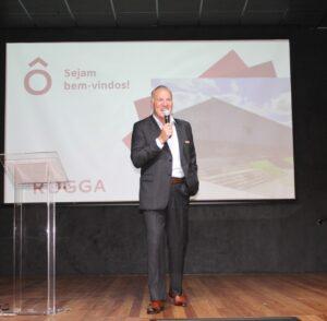 Presidente Vilson Buss destaca que a construtora está instalada em um hub de inovação no Perini Business Park, em Joinville